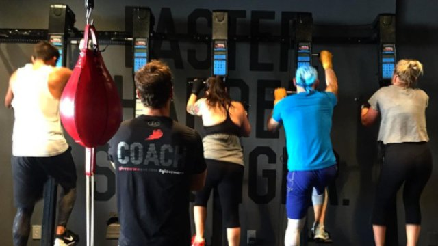 How to Operate the VersaClimber for Cardio in Boxing Workouts